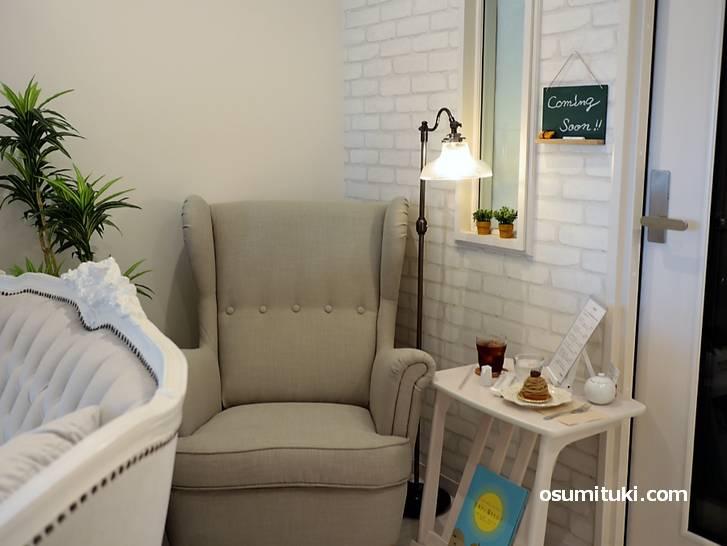 おひとり様なら一番奥のこのソファが一番おすすめです!