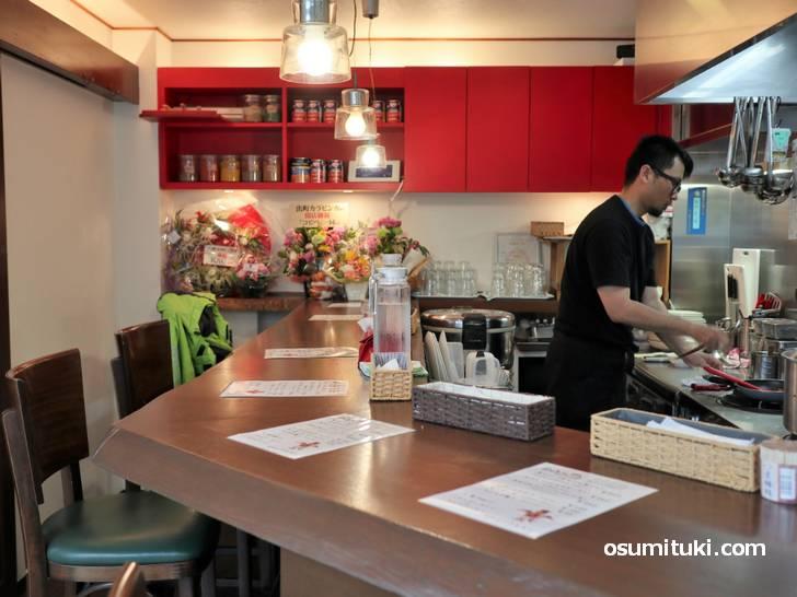 スパイスカレー「出町カラビンカ」2019年6月3日新店オープン