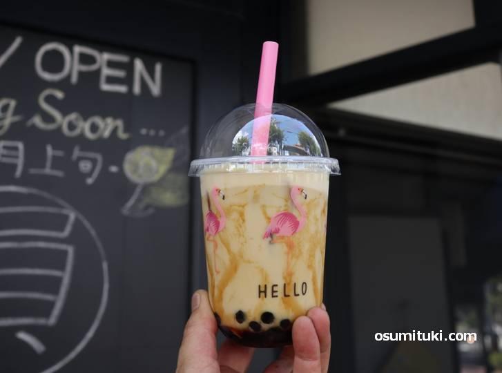 プレオープン中はタピオカミルクティーなどを販売するスタンドカフェとして営業中