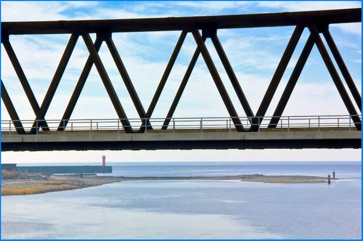 奈半利川から見た土佐湾(高知県奈半利町)