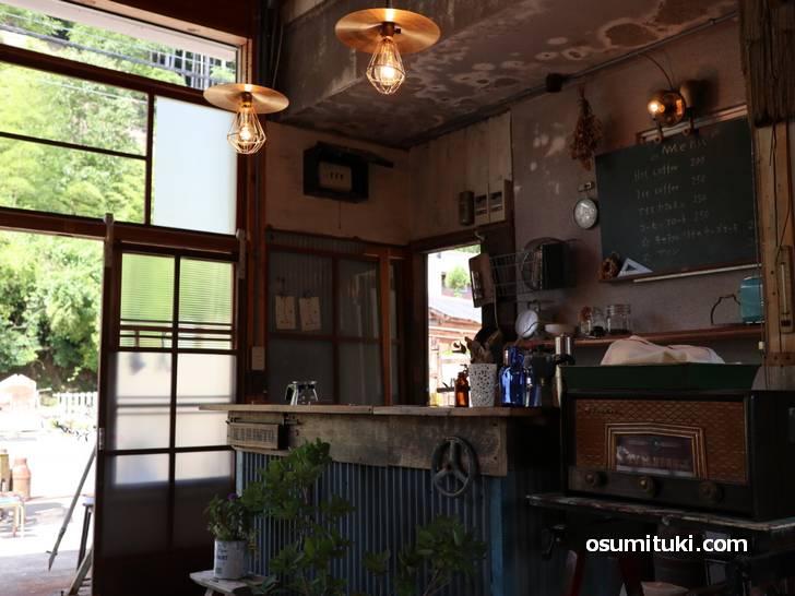 山奥にこんなかっこいいカフェがありました(KARINTO BASE)