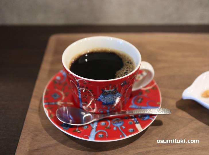 コーヒーカップがかわいいですね(茶亭カエルノウタ)