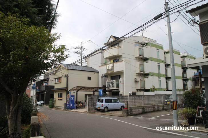 細川勝元邸(東軍)※現在の小川児童公園北側
