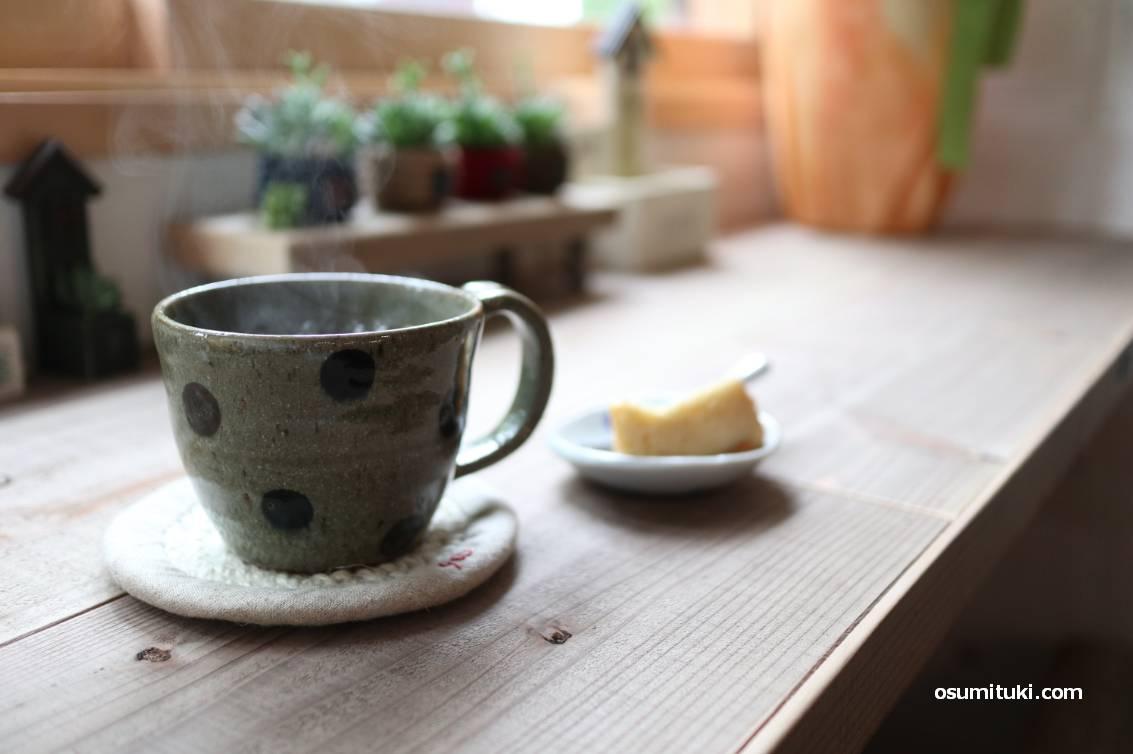 落ち着いた空間でカフェができる「yoo cafe」さんの珈琲