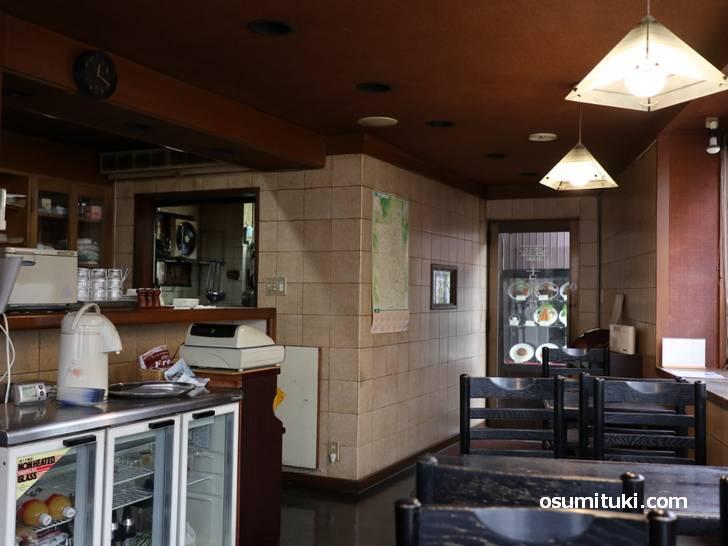 茶わん坂にある昔ながらの喫茶店「古都夢」