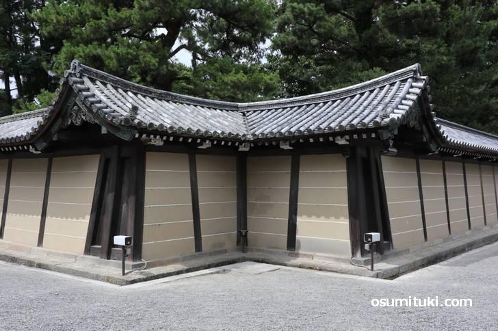 京都御所の北東角(猿ヶ辻)