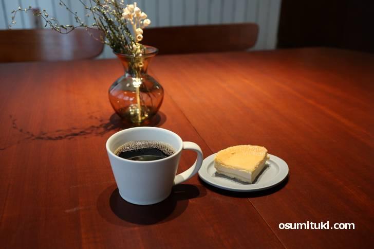 河原町三条のカフェ新店「TRIBUTE COFFEE(トリビュートコーヒー)」