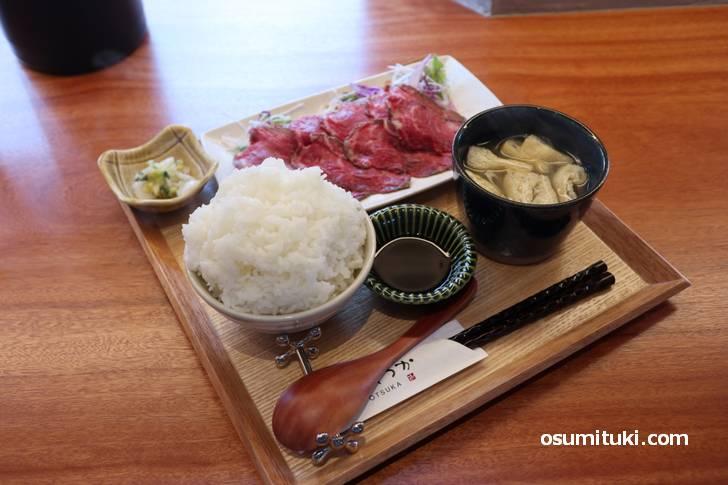 ローストビーフセット 1700円+ライス大盛り100円