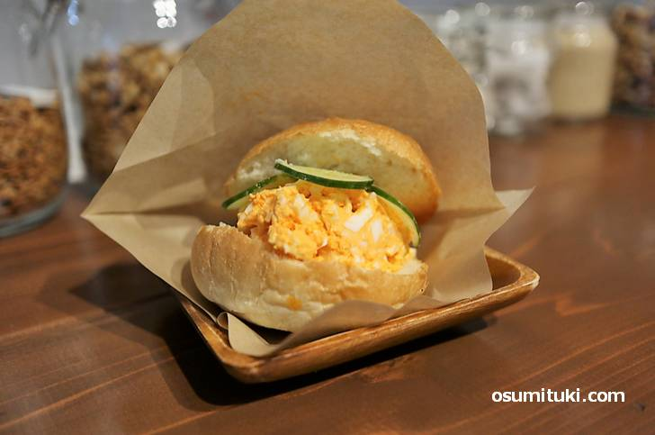 Ohana8 の玉子サンドイッチがカリッサクッで玉子も濃くて美味!