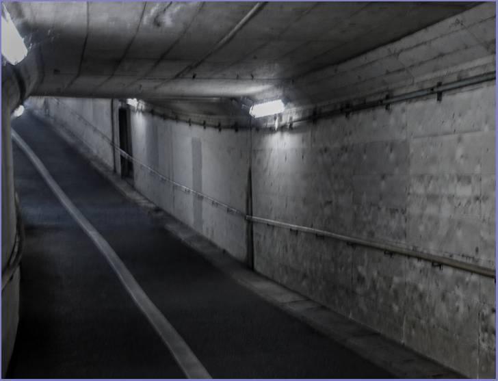 赤江地下道とは富山貨物駅を富山~東富山間で横断する地下道のひとつ