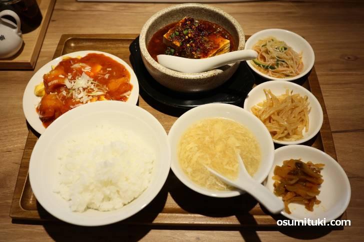 2皿選べるランチ(エビチリ、麻婆豆腐)