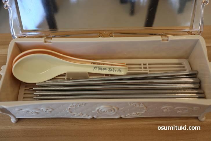 老上海のレンゲと箸