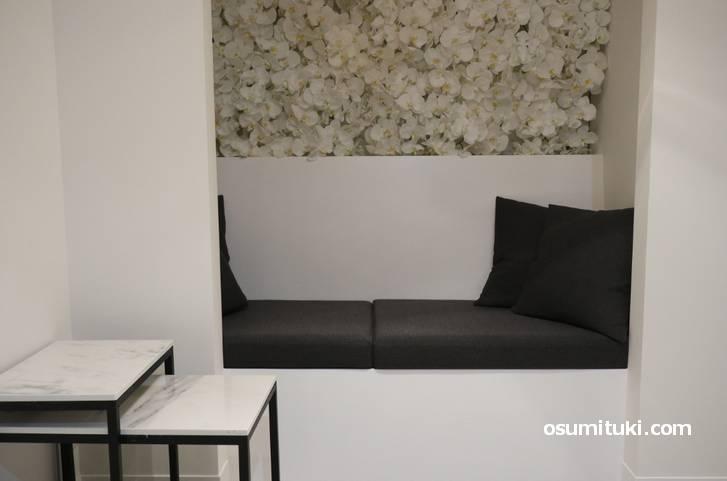 二階のソファ席