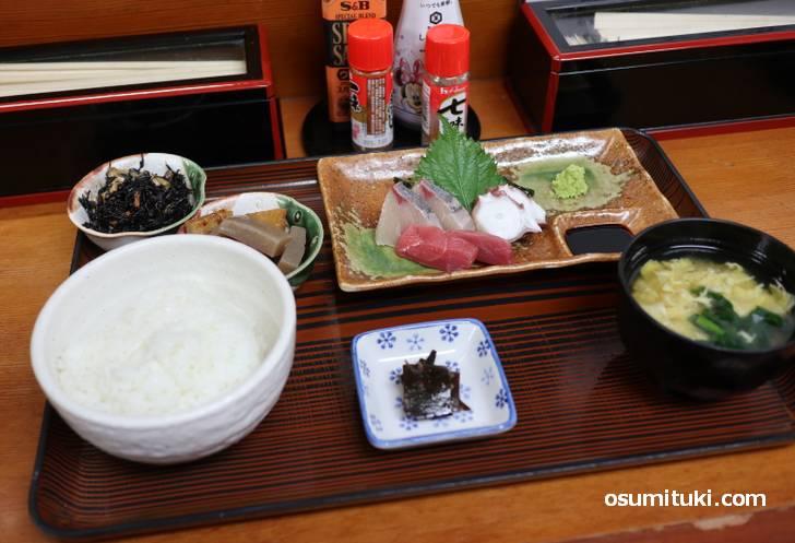 食堂ゑびす「お造りランチ(800円)」