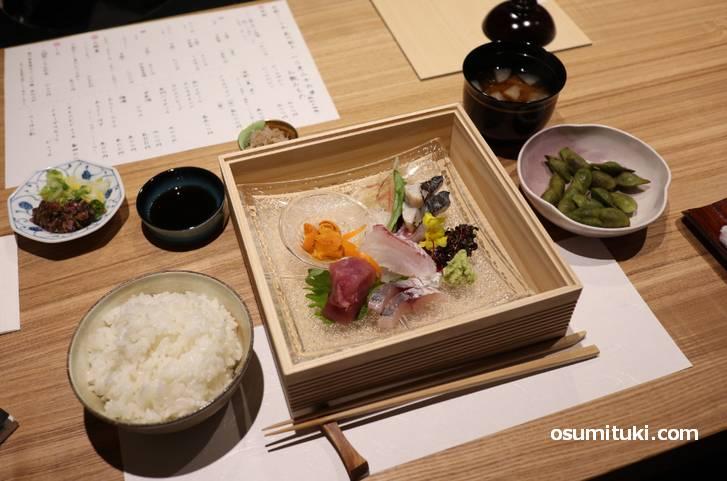 京都さしみ丸 昼のランチ「さしみ盛り合わせ御膳」