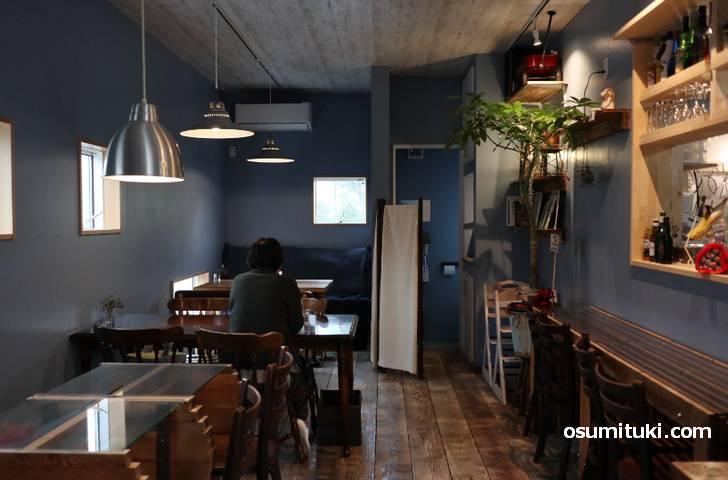 店内の様子(Cafe木製ロケット)