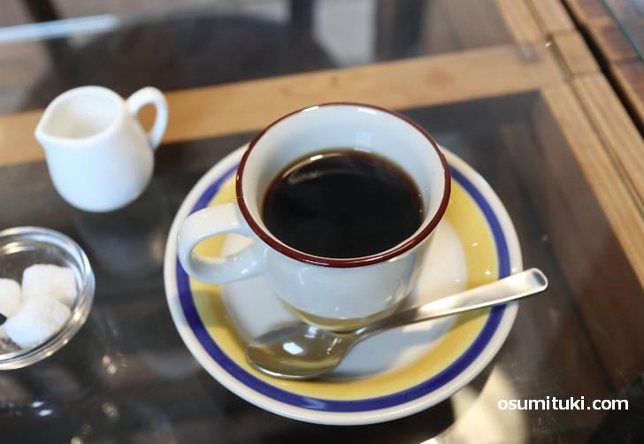 コーヒーは中深煎くらいの昔ながらの味わい