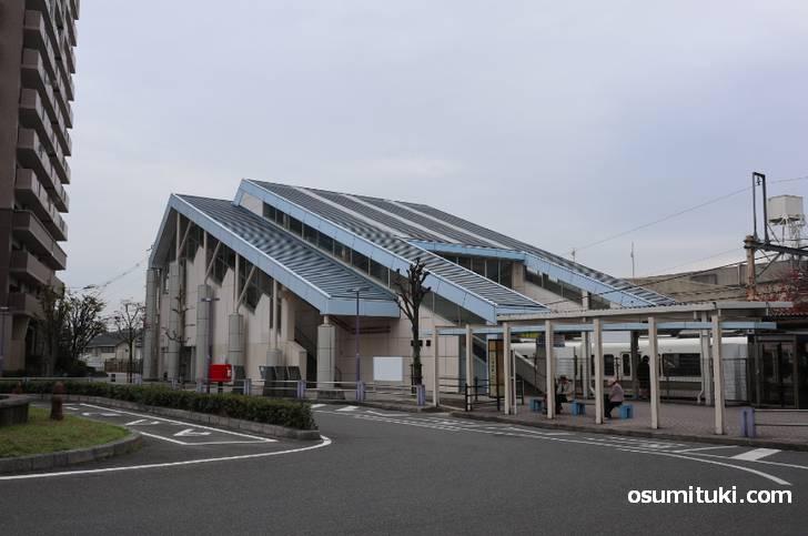 JR奈良線「城陽駅」東口を出て
