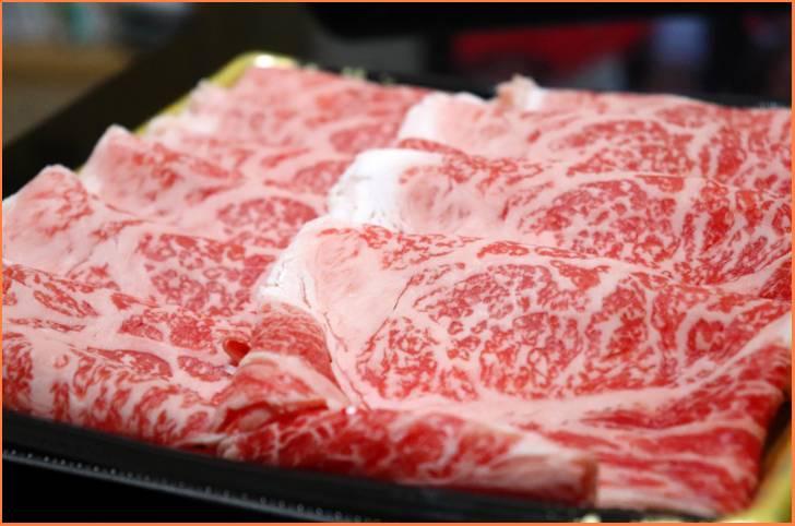 うし匠 俵本さんの牛肉は100%自家飼育のA5ランク黒毛和牛のみ