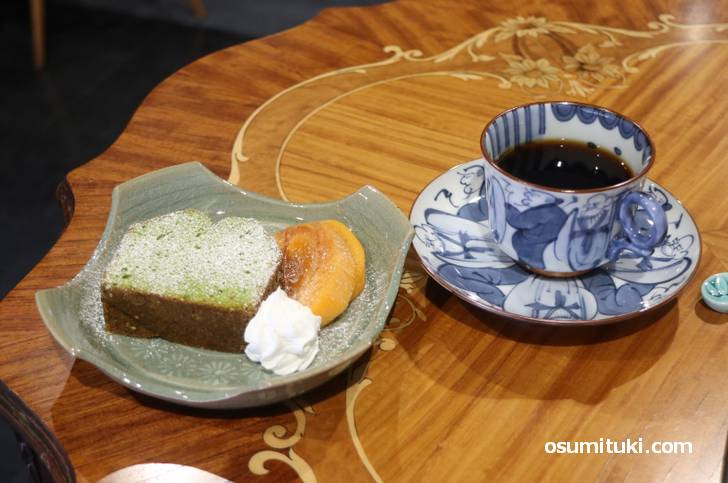 ブレンドコーヒーと焼き菓子(ハーフ)