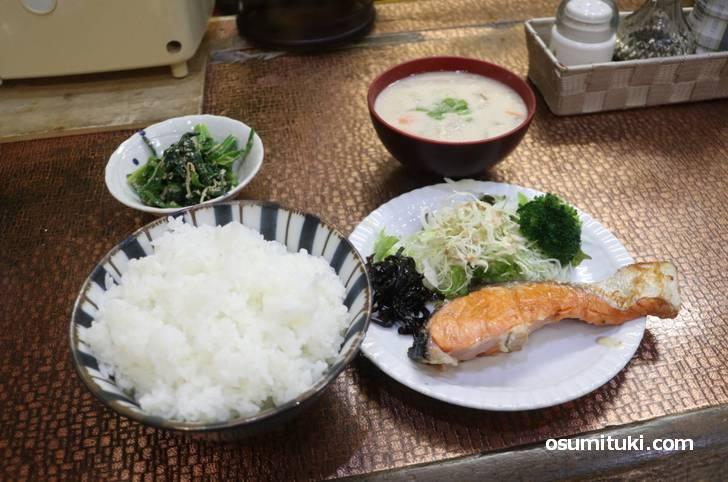 日替わりランチ(700円)
