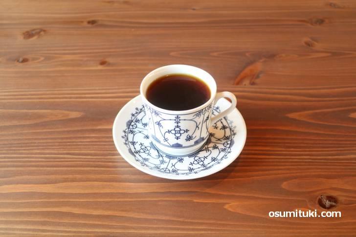 珈琲は大山崎 COFFEE ROASTERSの焙煎