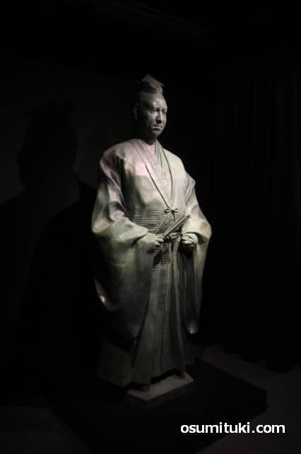 明智光秀像(京都大河ドラマ館)