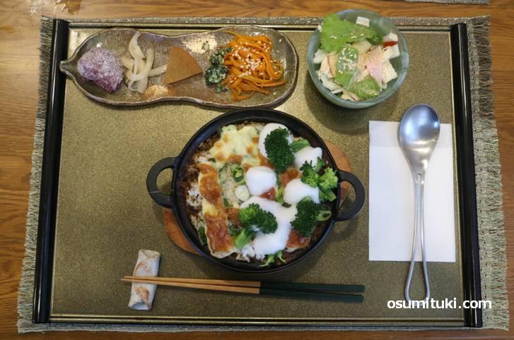 マニベ名物「鎌倉焼カレー」
