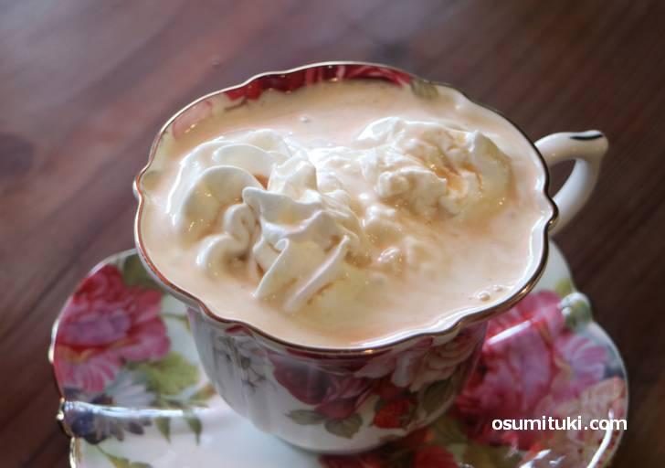 ホイップコーヒー(450円)