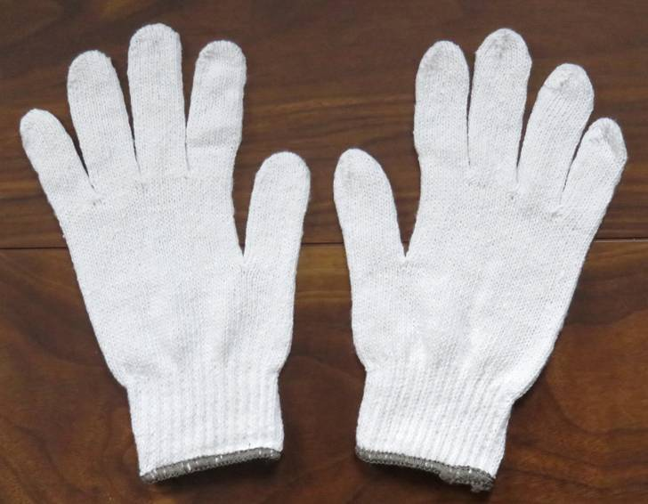山の中にある巨大な白い手があるらしい