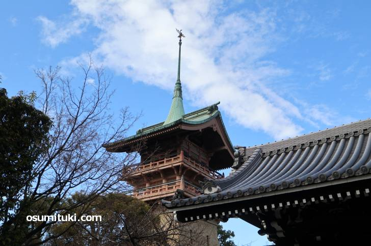京都にある銅閣寺の撮影スポットで撮った写真