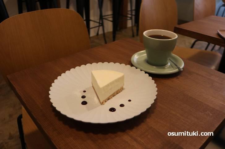 レアチーズケーキが最高に美味しい!