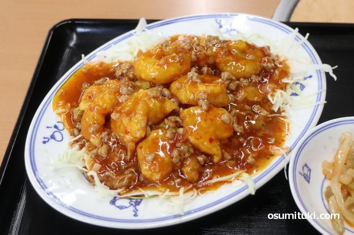 エビチリも海老天ぷらに甘酢の餡でおいしくいただきました
