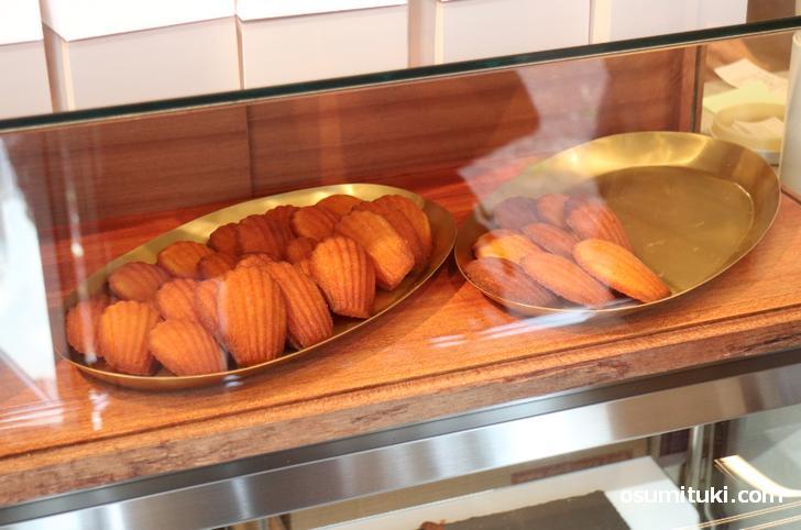 焼き菓子はフィナンシェとたい焼き(ピヨ焼き)