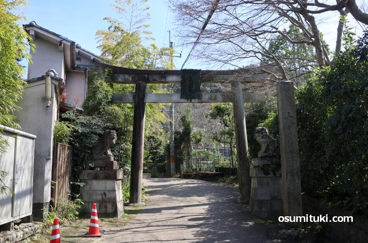 京都の「大豊神社」には珍しい「狛ねずみ」がある
