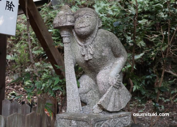 日吉社の「狛さる」