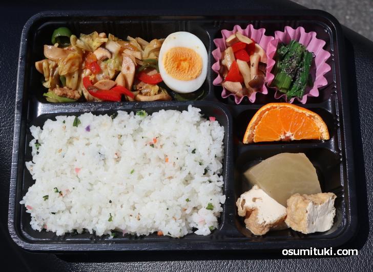 こういうお弁当、なんか京都らしいなって思います