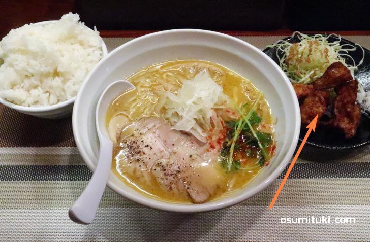 京都ではラーメンと一緒に食べるのは「唐揚げ」?