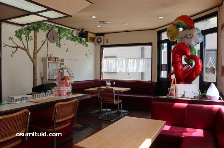 コッペパンサンドとコーヒーのお店「コッペン」店内写真