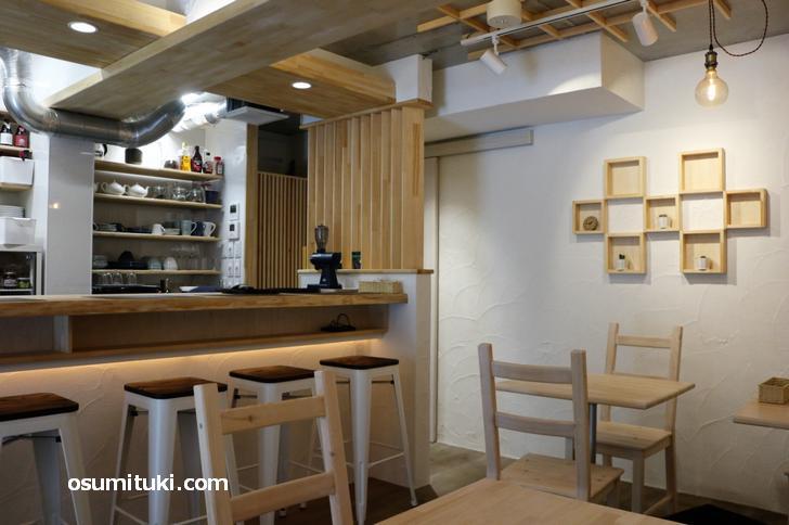 2020年3月2日オープン Nangoku Cafe (南国カフェ)