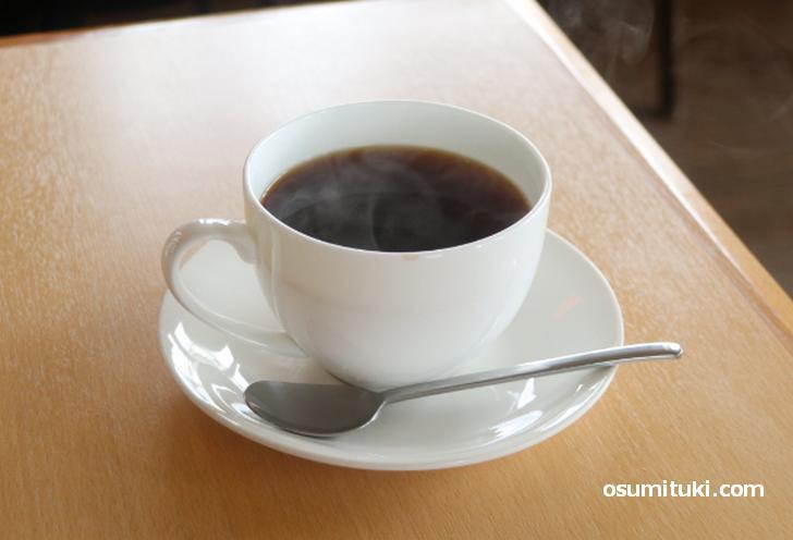 カフェなのでコーヒーも飲みました