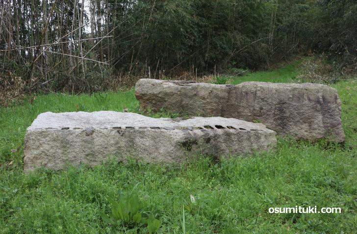 残念石は京都府木津川市にあります