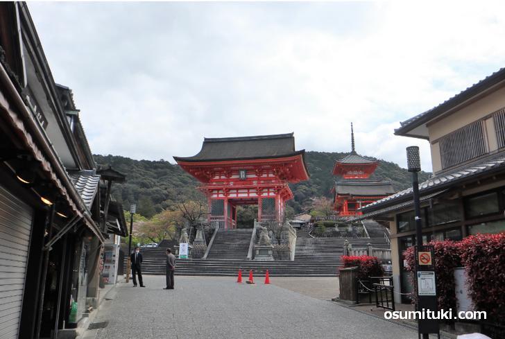 清水寺は通常通り拝観できる