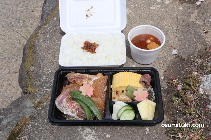 京都の「河原町 大多安」で販売している500円なのに豪華なお弁当