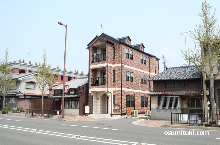 Beer&Pasta スケルツォ、今出川駅から烏丸通を北上、徒歩3分くらいの場所