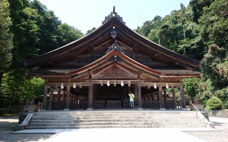 美保神社(島根県松江市美保関町)には鶏肉と卵を食べてはいけない風習がある