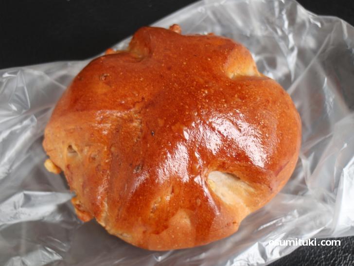 くるみパン(90円)