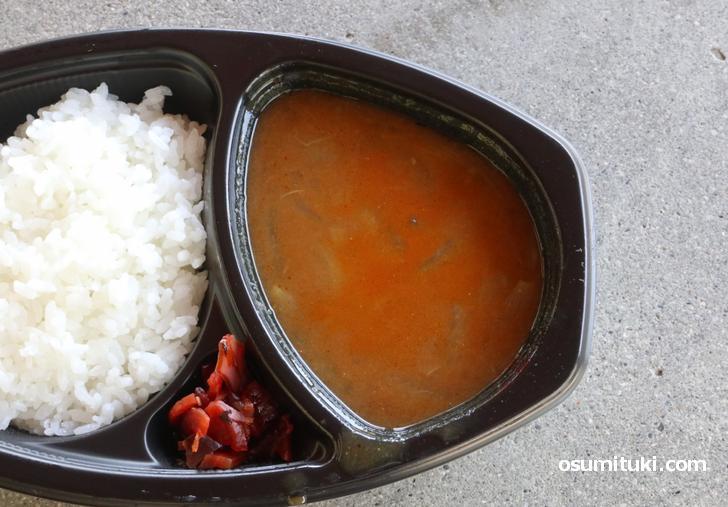 森毅の愛したカレーは玉ねぎたっぷりのスープ風カレー