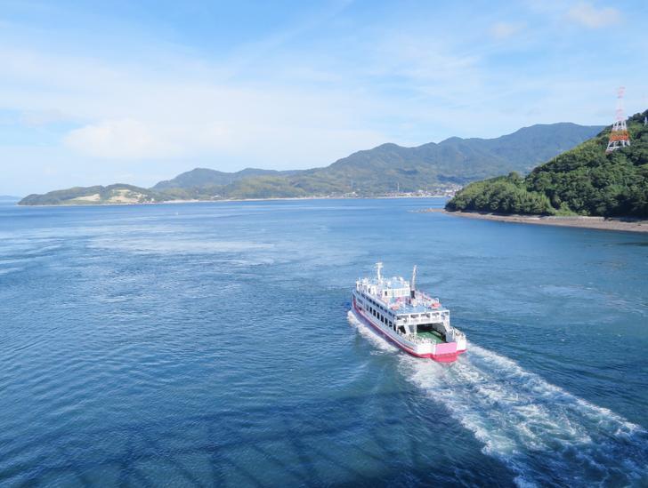 山口・笠佐島「漁家民宿かささ」が人生の楽園で紹介