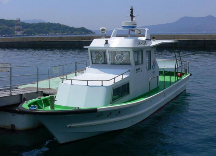 笠佐島には行政連絡船「かささ」で行くことができる(周防大島町サイトより)